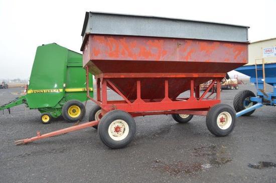 EZ-Trail 300 bu. gravity wagon