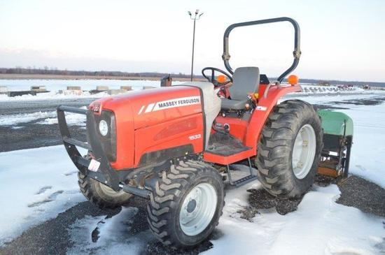 '12 MF 1533 compact w/ 569 hrs, 8 sp. w/ LHR, 540 PTO, 14.9-24 rear rubber