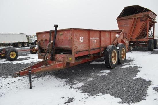 IH 660 manure spreader, w/ end tailgate, 540 PTO, tandams