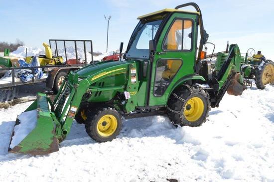 JD 2320 w/ 200CX loader & JD 46 rear backhoe, 558 hrs, 4wd, hydro, cab w/ A