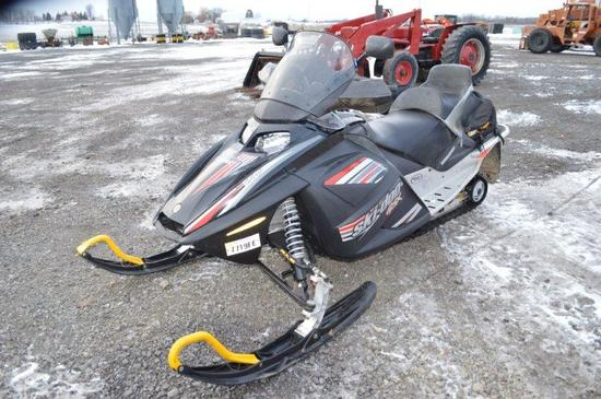 '05 Skidoo Bombardier GSX 550 snow mobile w/ 440 mi, luggage  racks, VIN# 2
