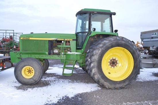 JD 4560 w/ 15 speed power shift, 3,154 hrs, 3 remotes, 4wd, AC, 4 front wei