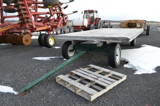 16' Flat bed wagon w/ gear