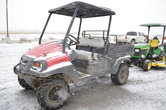 IntelliTrak XRT1550 club car w/ 2300 hrs, gas, bed w/ seat included