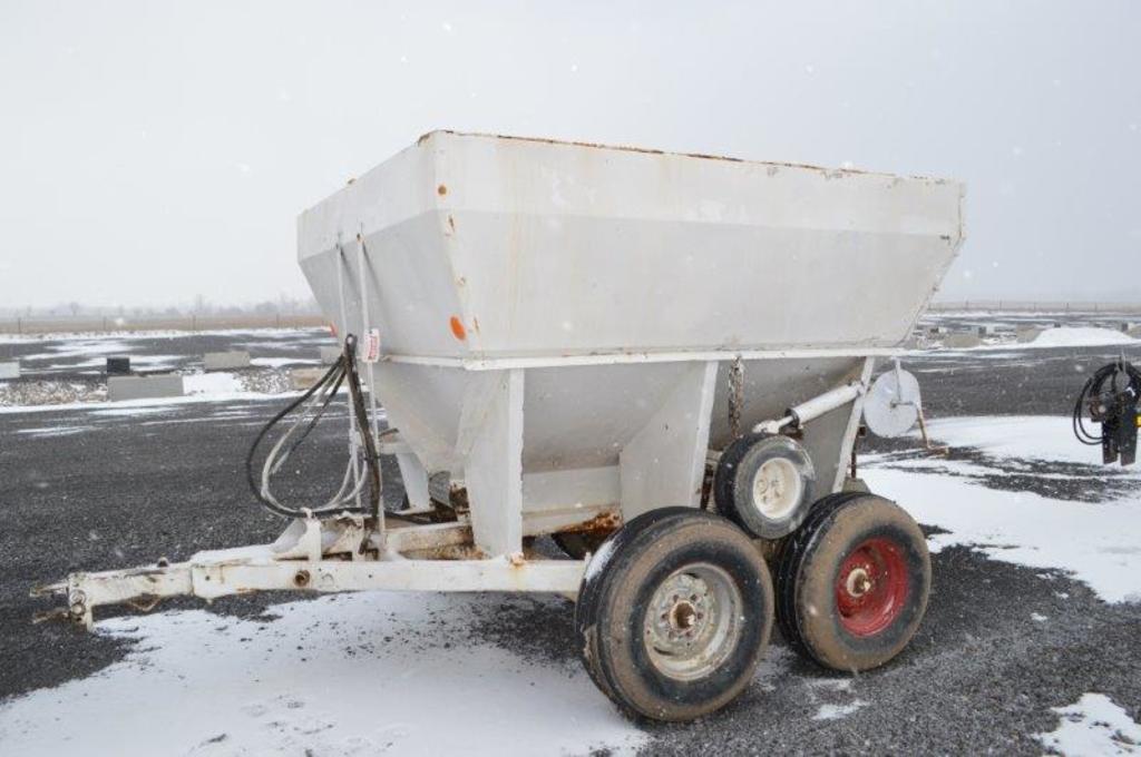 Tyler 5 ton fertilizer spreader