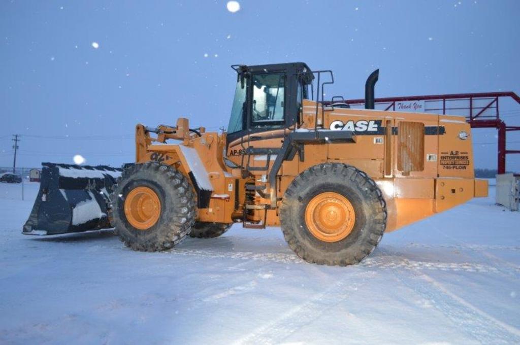 '03 Case 921C wheel loader w/ 7,104 hrs, ride control, air + heat, 26.5-25L
