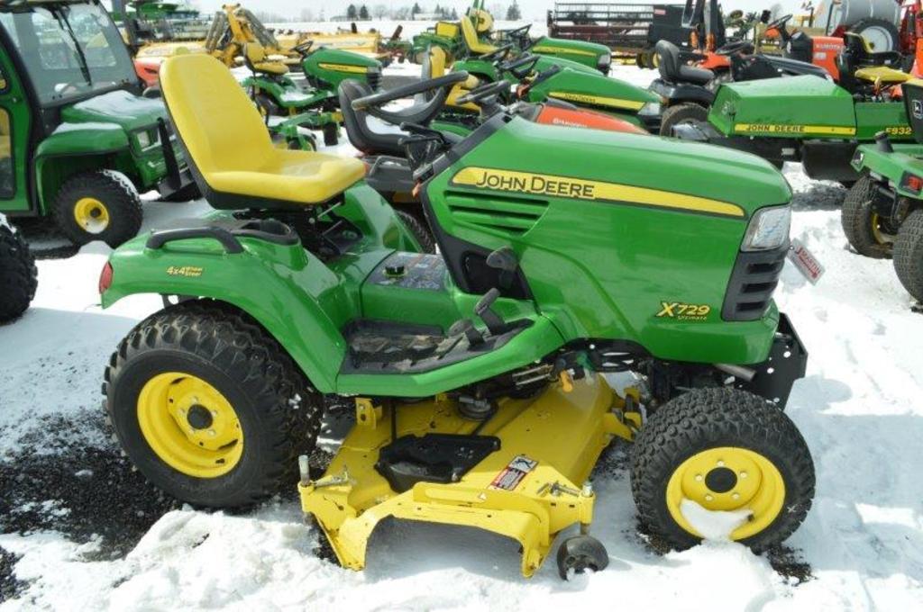 JD X729 ultimate lawn mower, w/ 368 hrs, all wheel steer, 60'' deck