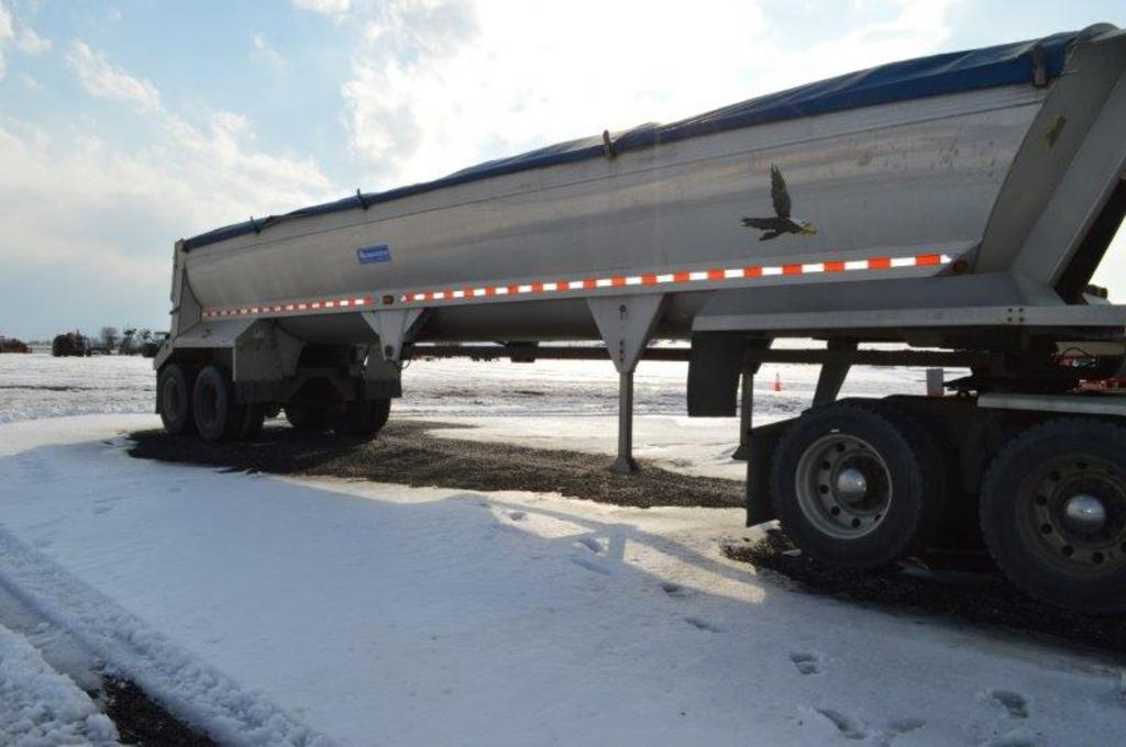 '00 Alumatech 40' frameless dump trailer w/ air ride, liner, roll tarp, gra