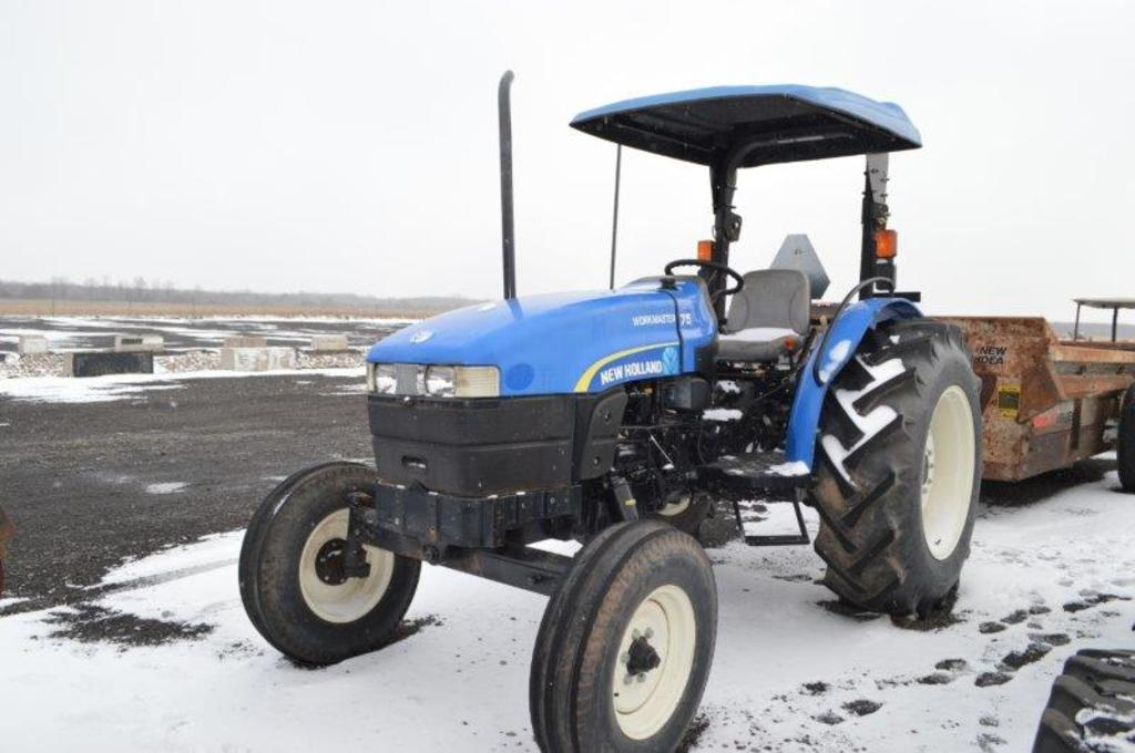 NH 75 Workmaster, w/ 313 hrs, canopy, 2wd, 4 speed w/ high & low , 1 remote