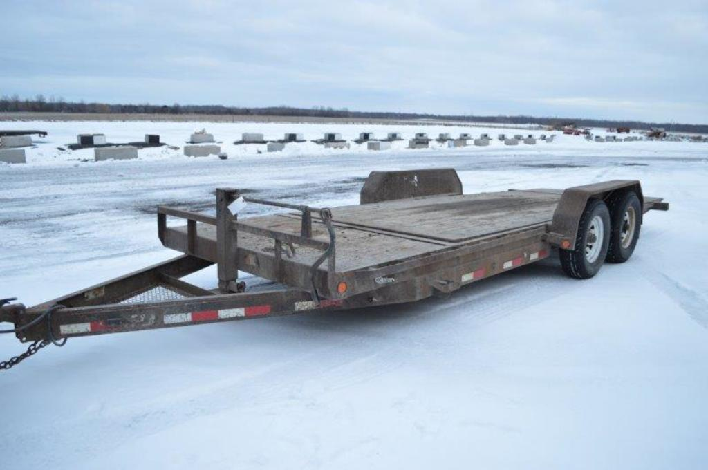 '12 PJ trailer w/ tilt deck, tandems, VIN# 4P5T62026C2174727