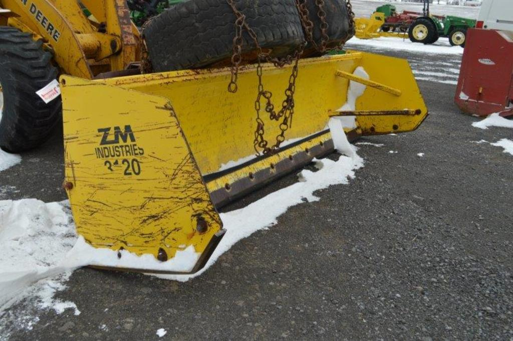 '11 VM 3120 12' snow pusher