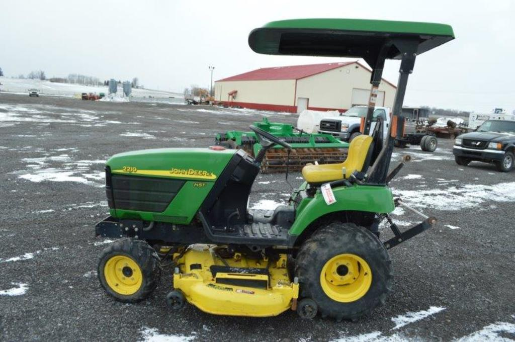 JD 2210 lawn tractor w/ 4,304 hrs, 4wd, 60'' deck, 3pt, canopy, deisel