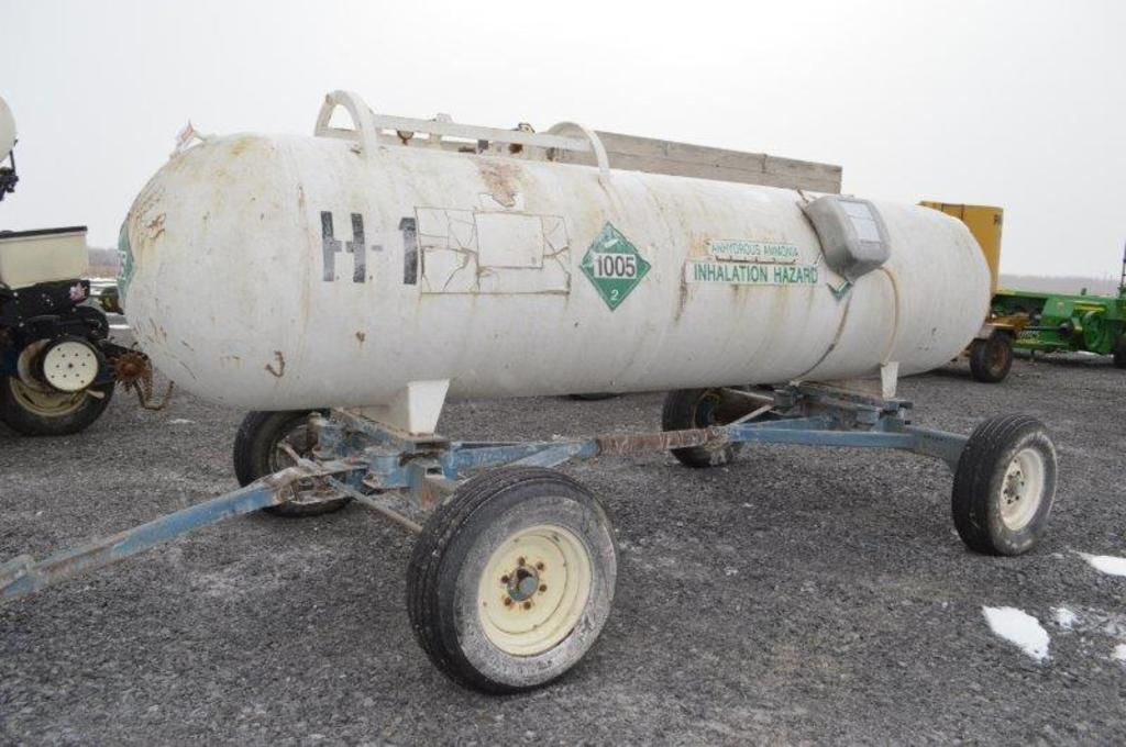 1,000 gal anhydrous tank