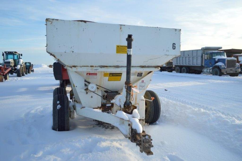 Tyler fertilizer spreader, 4 ton spreader, single spinner