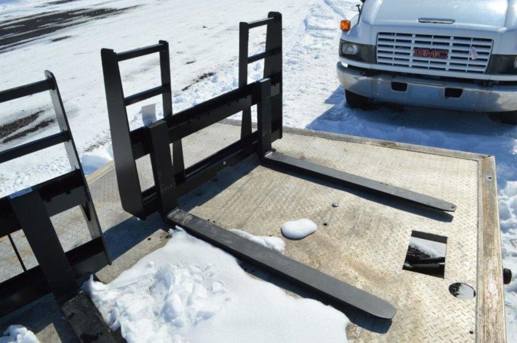 """48"""" Heavy duty Skid mount walk through pallet forks"""
