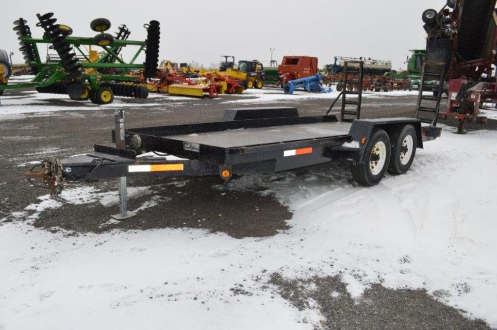 '04 Centerville 16' heavy duty equipment trailer w/ electric brakes, 12,000