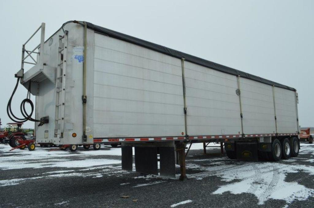 "'05 Mac 45'x102"" walking floor semi trailer w/ air ride, 25,000# tri-axle ("
