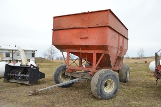 Killbros 350 Bu. gravity wagon w/ 16.5L-16.1 tires