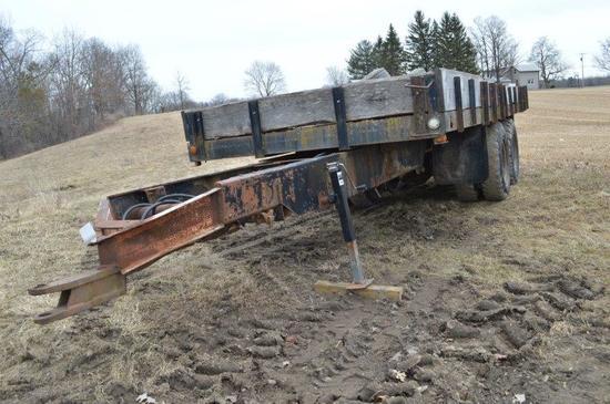 20' farm trailer w/ dump