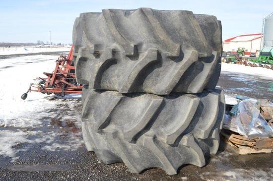 Good Year  900S65- 32 deep tread combine tires on combine rims (used one se