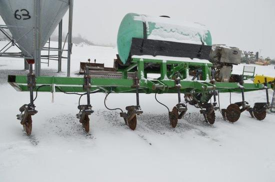 Anydrous ammonia side dresser for corn w/ spare parts in office (Nice)