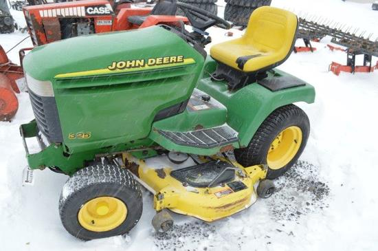 JD 325 riding mower, 48'' cut (don't run)