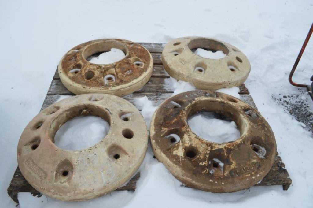 2 rear wheel tractor weights