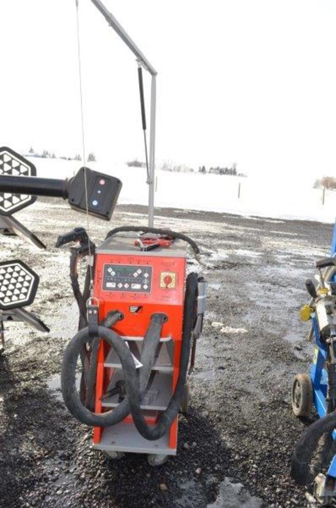 Chief spot welder for automotive body shop