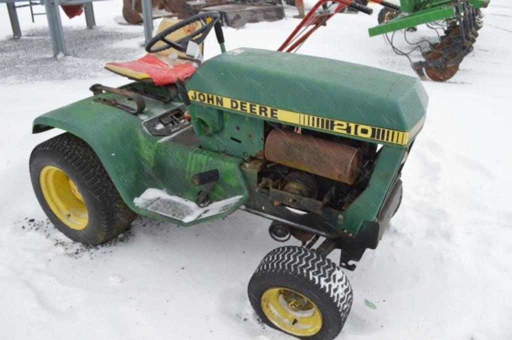 JD 210 lawnmower; no deck