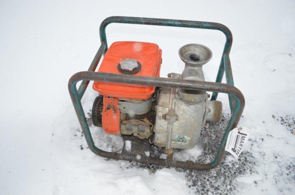 Wisconsin Robin trash pump w/ Wisconsin engine, model# W1185 (Runs Good)