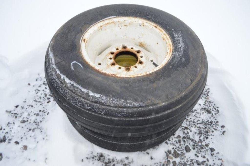 2- 11L-15 Tires w/ 6 bol rims