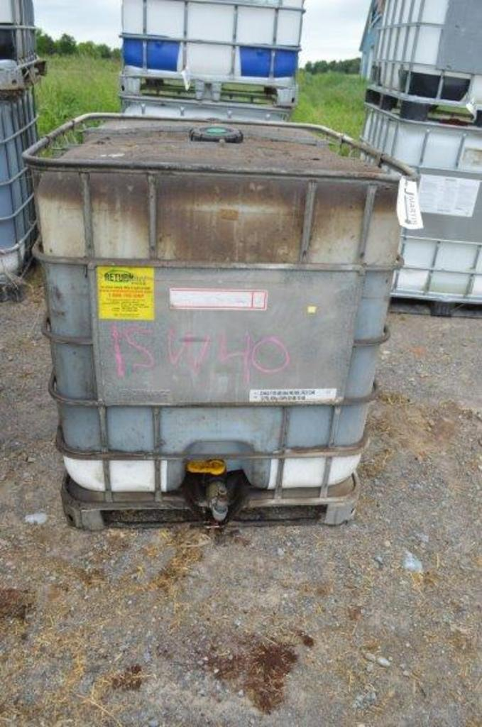 500 gallon tote 3/4 full of LSW40
