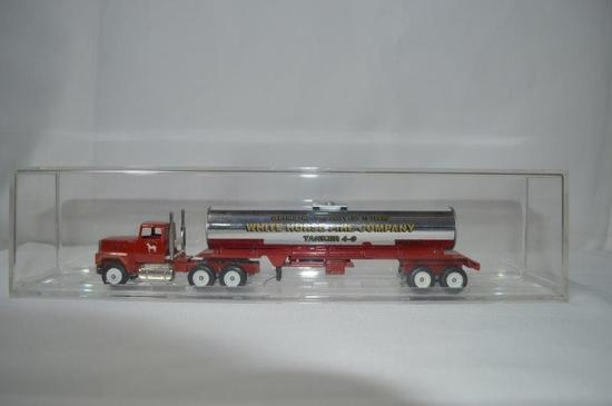 White Horse Fire company tanker truck, new in box
