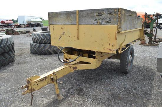 Small dump trailer