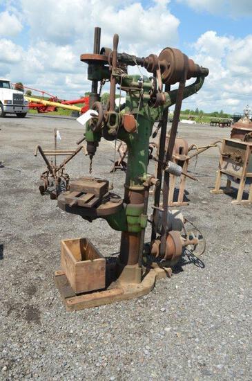Heavy duty drill press w/ drill bits
