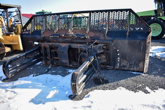 Grouser AgPro 16 16' Complete tractor silage blade w/ frame, (comes off CIH 375 tractor)