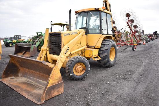 """JD 410C backhoe w/ 3293hrs, 4wd, 24"""" digging bucket, outriggers, extendahoe, 21L-24 rear rubber , ne"""
