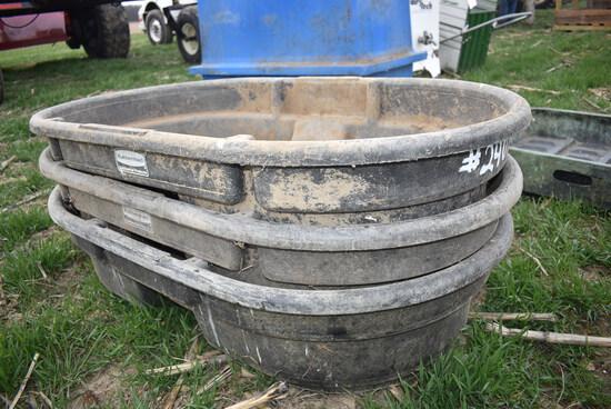 3- Rubbermaid 50 gal water tubs