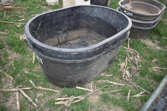 2- 110gal poly water tank