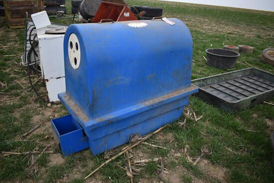 Poly dome calf warmer box w/ heater