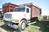 1992 INT 4900 dump truck w/ 226429mi, 6spd manual trans, 18' dump box w/ hyd trailgate