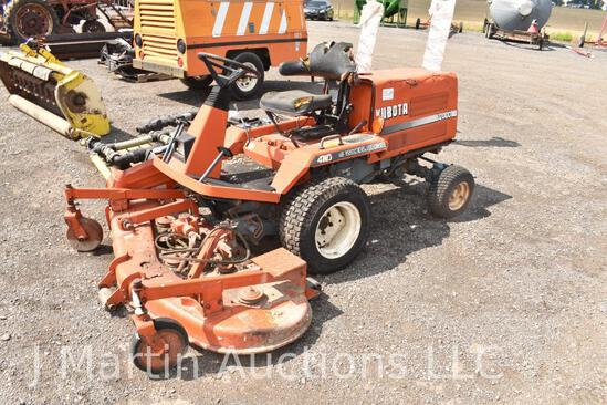 Kubota F2000 commercial lawn mower