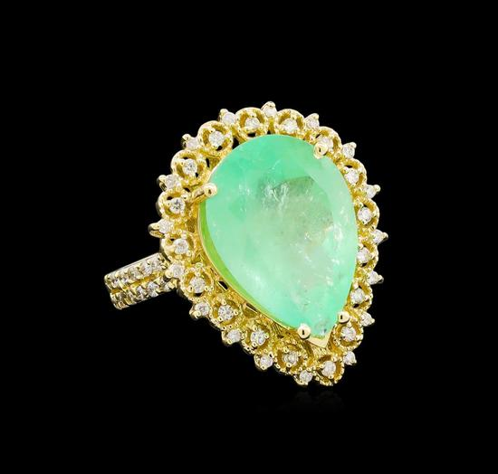 GIA Cert 7.89 ctw Emerald and Diamond Ring - 14KT Yellow Gold