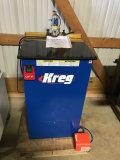 (8023) Kreg Pocket Hole Machine 110 Volt Electric and Pneumatic Powered, Slightly used