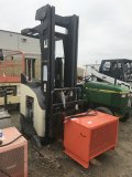 Crown Series 5200 Lift Truck (electric)