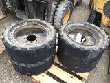 4 skidloader tires