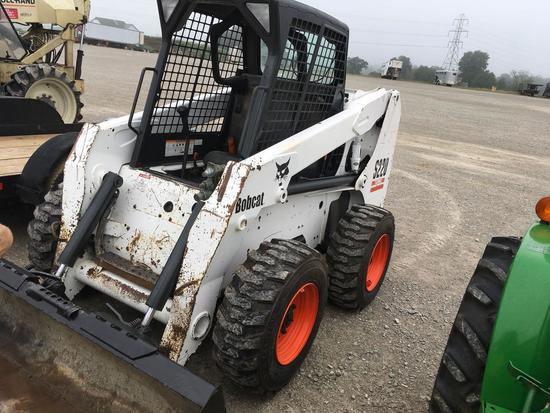 Bobcat S220 skid loader with 78 inch bucket