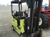 Clark 3200 pound model GCS1743 Forklift showing 221 hours on the meter