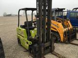 Clark gas powered forklift no hour meter