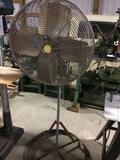 16190- 24'' floor fan, air powered